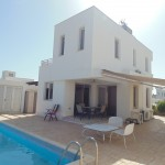 holiday villa for rent with pool at Larnaca