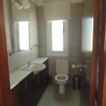 villa for rent at Pervolia village of cyprus bathroom